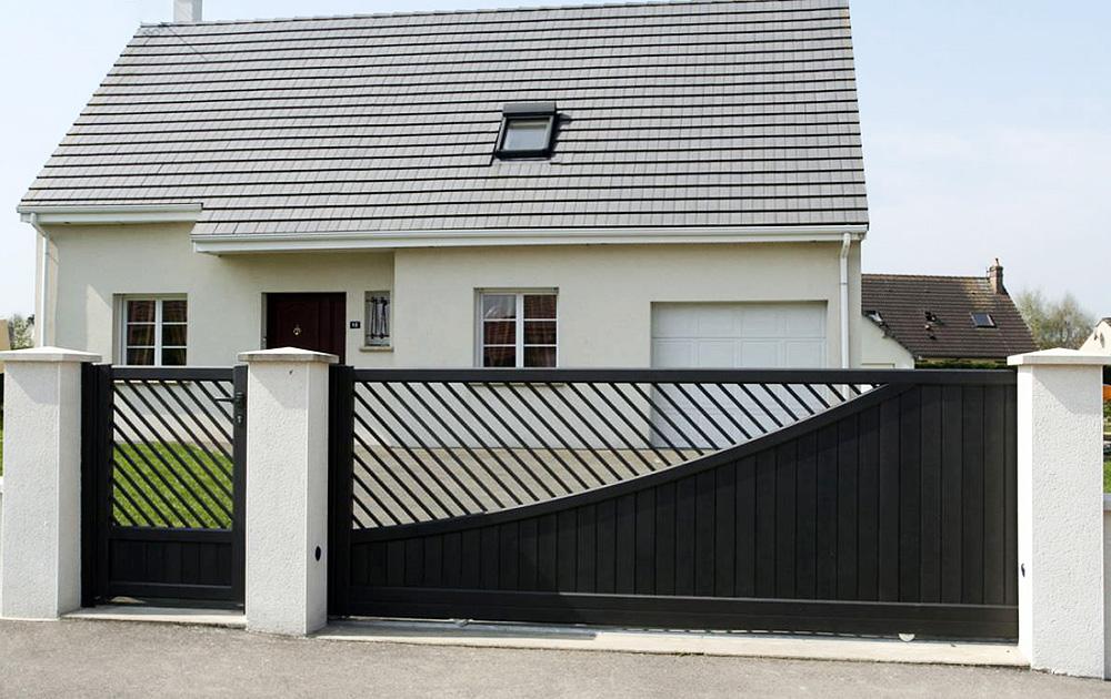 Sp cialiste du portail aluminium mrg est le fabricant r gional de portails en aluminium style for Portail alu coulissant m